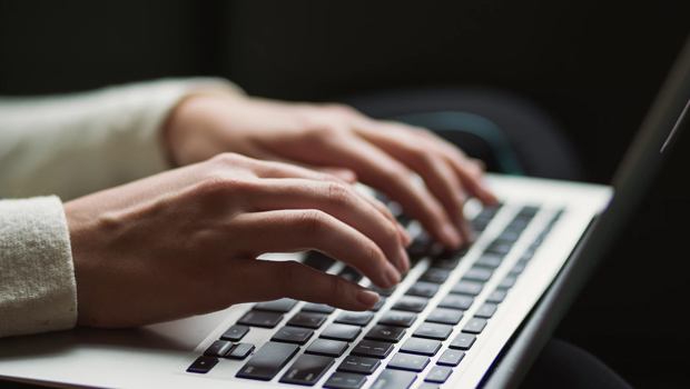 식품회사 A의 관련 검색어 삭제요청 심의결정문에 대한 리뷰