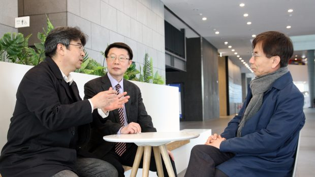 [대담] 진실과 거짓의 싸움에 정부 개입 안 돼…한국형 자율규제 틀 마련해야